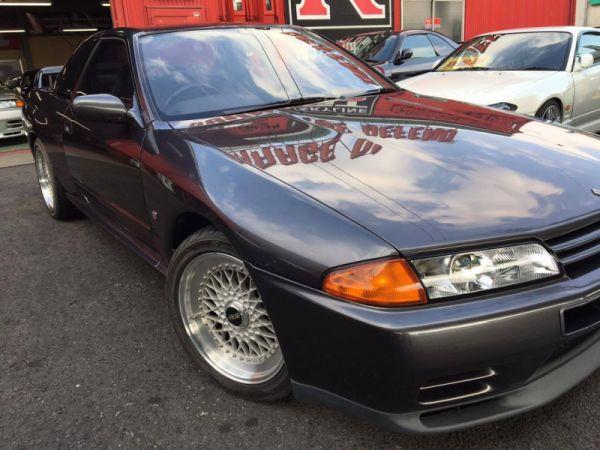 1993 Nissan Skyline R32 GTR grey
