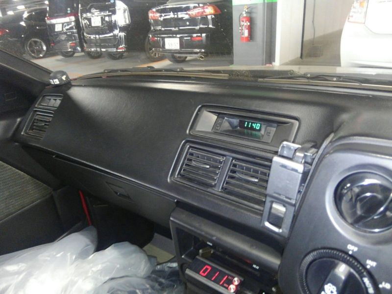 1985 Toyota Sprinter GT APEX AE86 dash 4