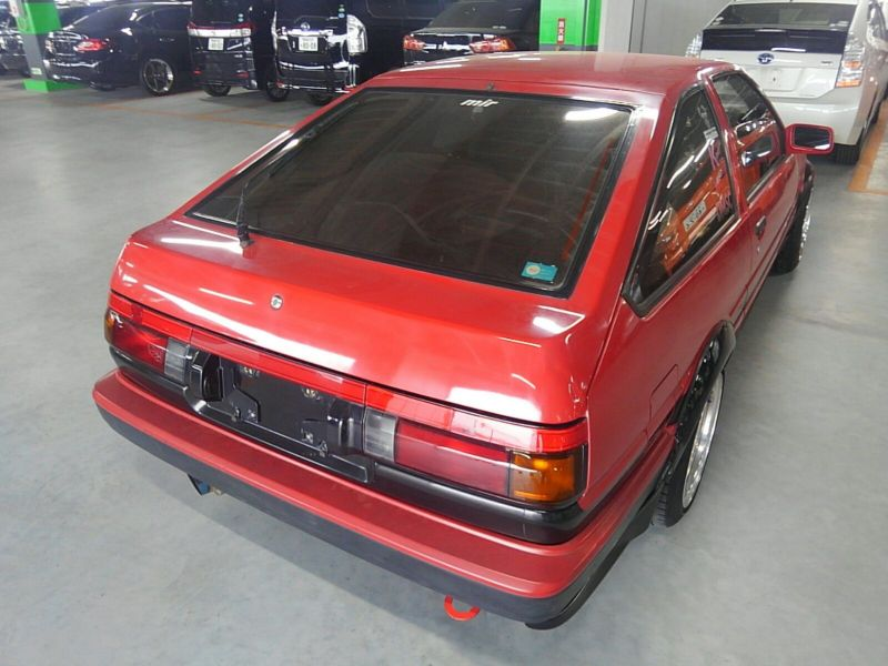 1985 Toyota Sprinter GT APEX AE86 right rear
