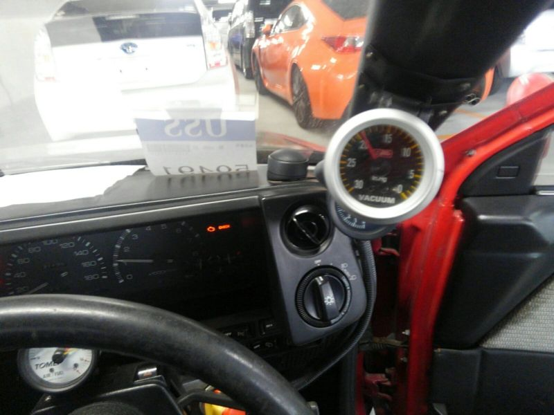 1985 Toyota Sprinter GT APEX AE86 steering wheel 1