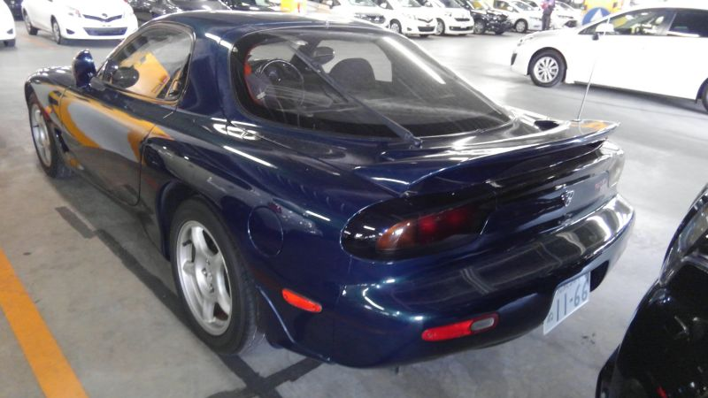 1992 Mazda RX-7 Type R left rear