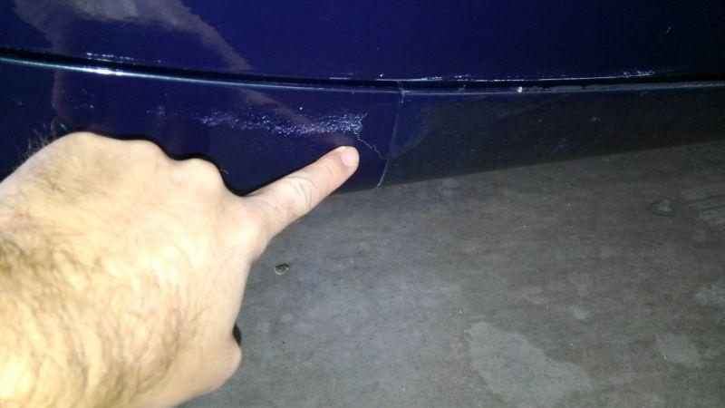 1992 Mazda RX-7 Type R scratch