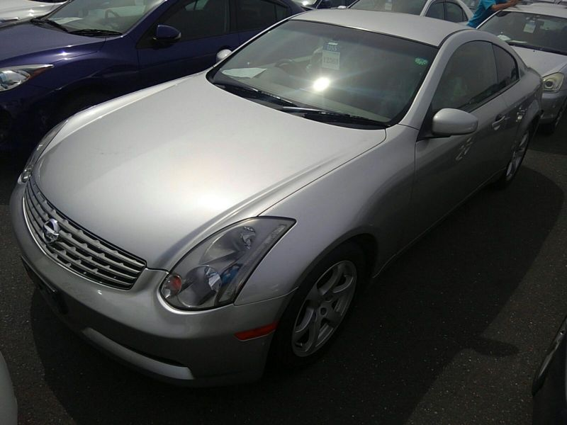 V35 350GT 70th Anniversary front left