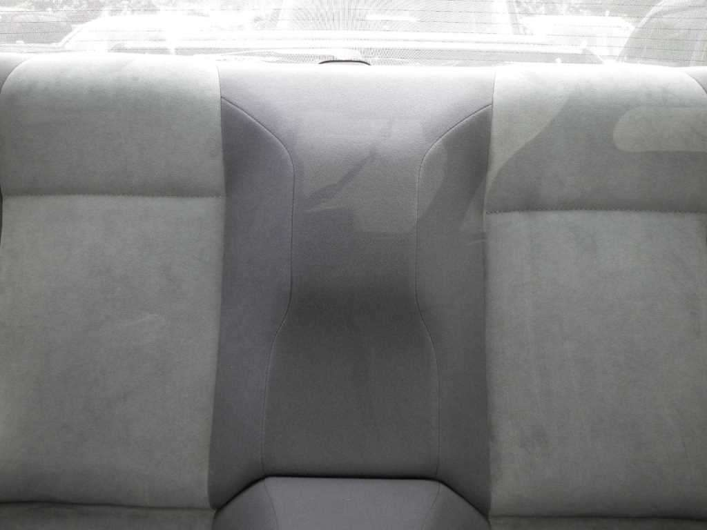 1993 Nissan Skyline R32 GTR VSpec rear seat