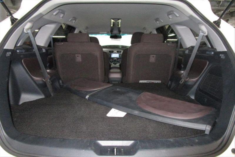 2007 Toyota Mark X ZIO 350G wagon cargo