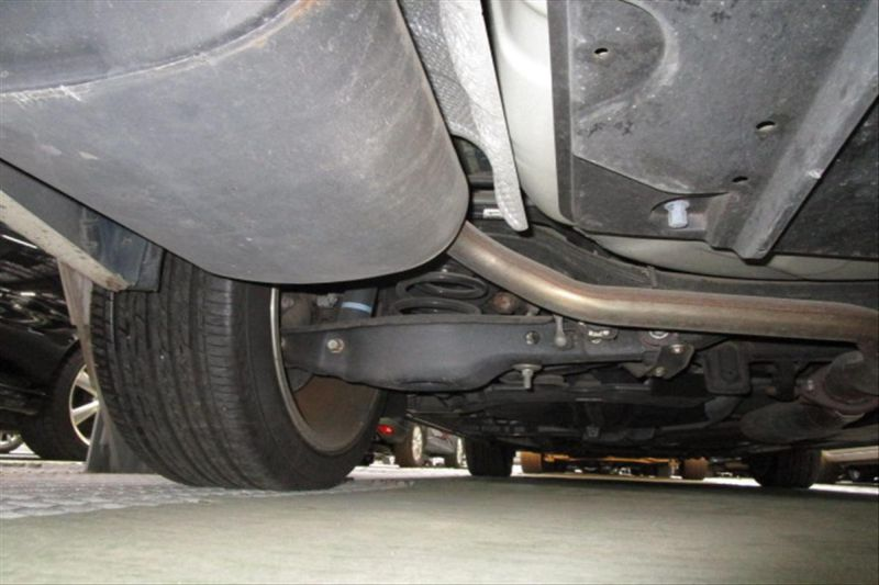 2007 Toyota Mark X ZIO 350G wagon underbody