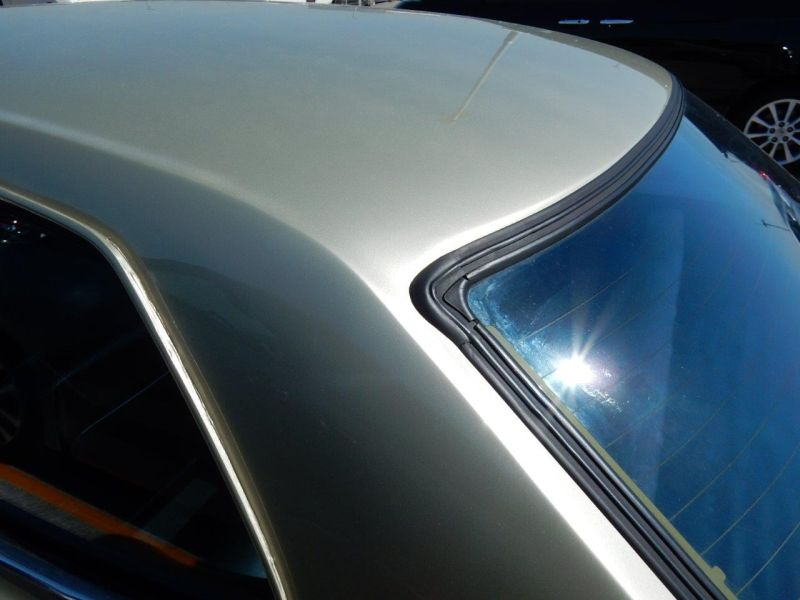 Hakosuka 1971 Nissan Skyline KGC10 coupe roof 2