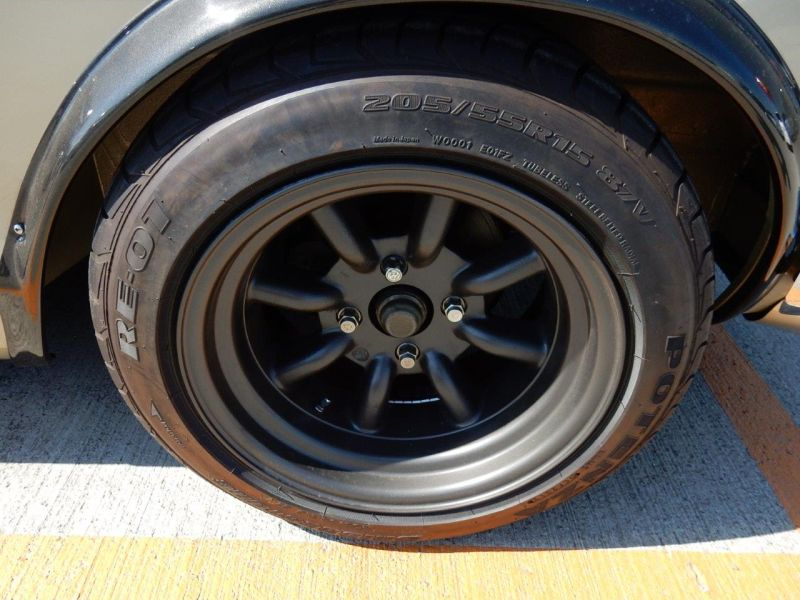 Hakosuka 1971 Nissan Skyline KGC10 coupe wheel 4