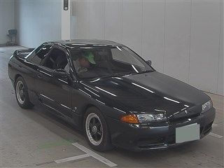 1990 Nissan Skyline R32 GTS-t auction front