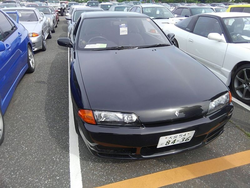 1990 Nissan Skyline R32 GTS-t right front