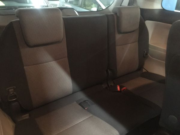 2008 Toyota Estima Aeras back seats