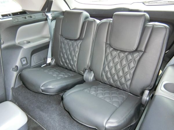 2011 Toyota Mark X Zio 350G Wagon rear seats