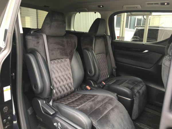 2015 Toyota Vellfire Hybrid ZR 30 Series seats 3