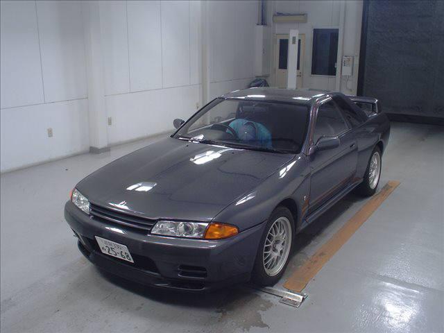 R32 GTR VSpec left front