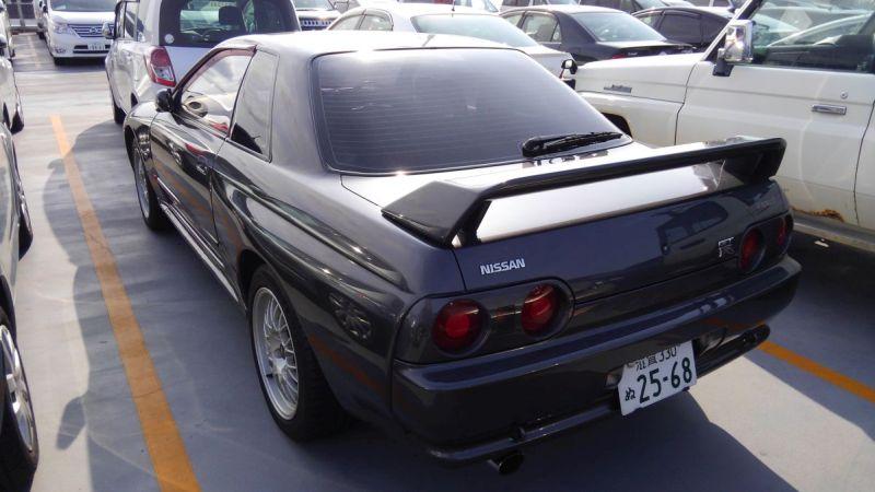 R32 GTR VSpec left rear 2