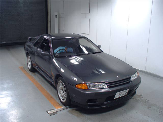 R32 GTR VSpec right front