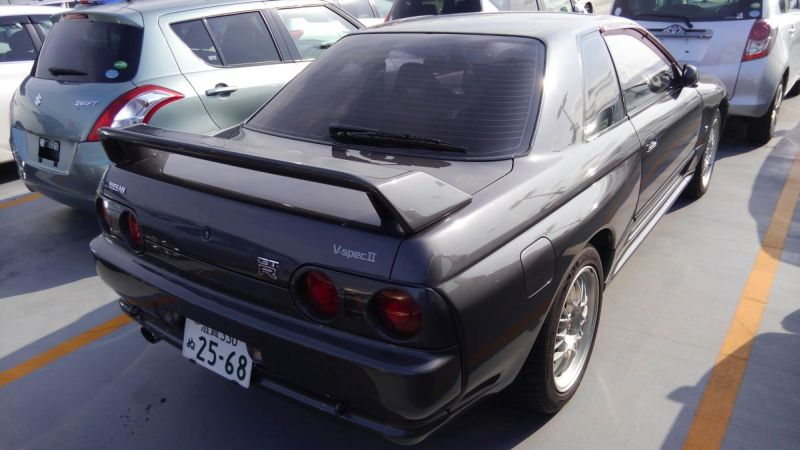 R32 GTR VSpec right rear 3