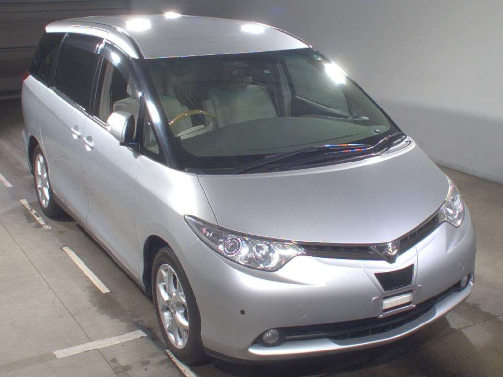 2007 Toyota Estima 2WD 7 seater G Package auction front