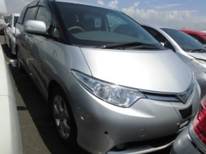 2007 Toyota Estima 2WD 7 seater G Package front