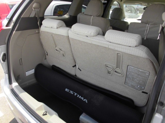 2007 Toyota Estima 2WD 7 seater G Package tailgate