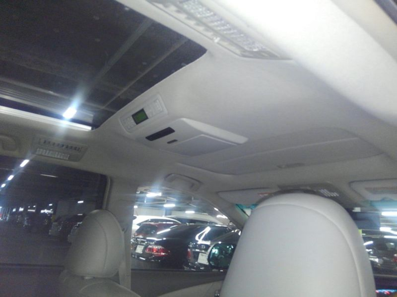 2008 Toyota Estima 4WD 7 seater sunroof