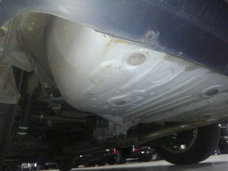 2008 Toyota Estima 4WD 7 seater underbody 2
