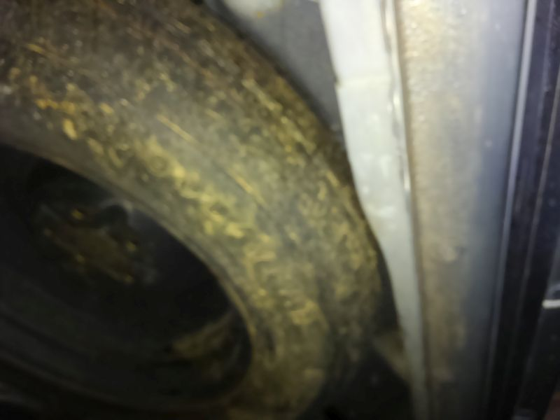 2008 Toyota Estima Areas S 2WD 8 seater spare tyre
