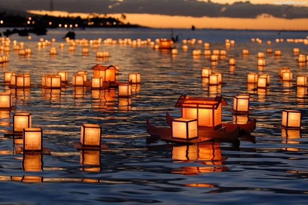 Obon 2019 auction dates candles on water