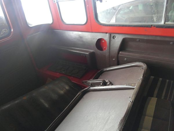 1984 Toyota Land Cruiser BJ46 Long rear seat