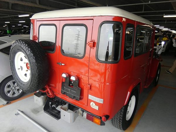 1984 Toyota Land Cruiser BJ46 Long rear