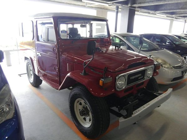 1984 Toyota Land Cruiser BJ46 Long right front