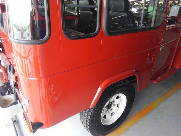 1984 Toyota Land Cruiser BJ46 Long right rear