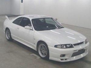 1998 Nissan Skyline R33 GTR auction 1