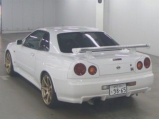 1999 Nissan Skyline R34 GTR auction rear