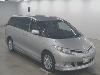 2012 Toyota Estima G 4WD 7 seater auction front
