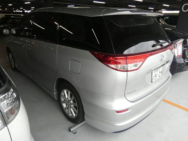 2012 Toyota Estima G 4WD 7 seater left rear