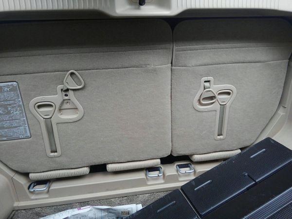 2012 Toyota Estima G 4WD 7 seater rear seats