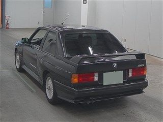1988 BMW E30 M3 auction rear
