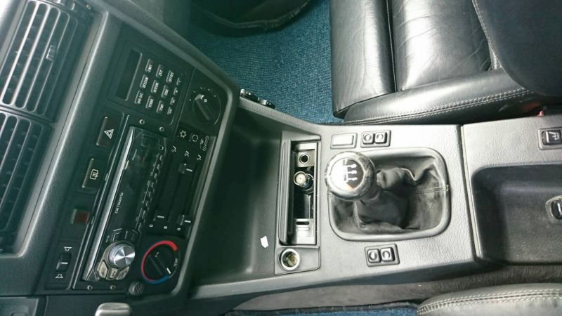 1988 BMW E30 M3 gearshift