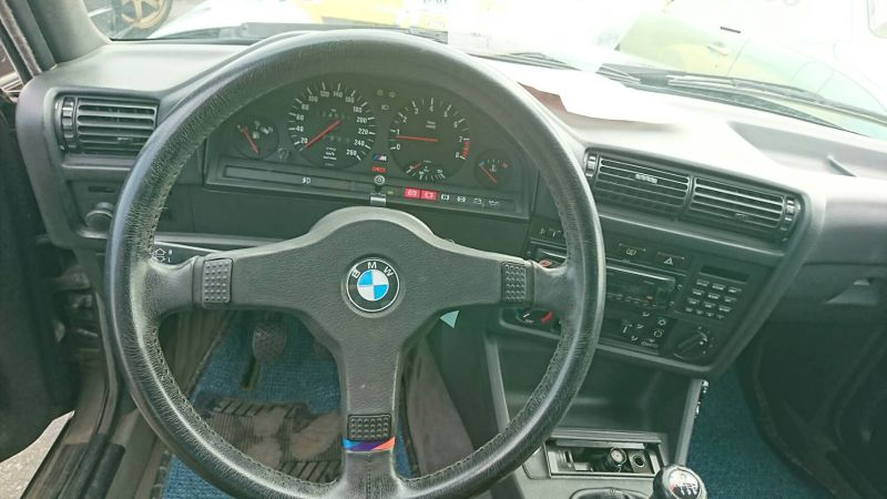 1988 BMW E30 M3 steering wheel