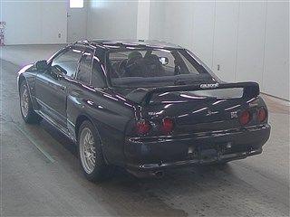 1993 Nissan Skyline R32 GTR VSpec auction left rear