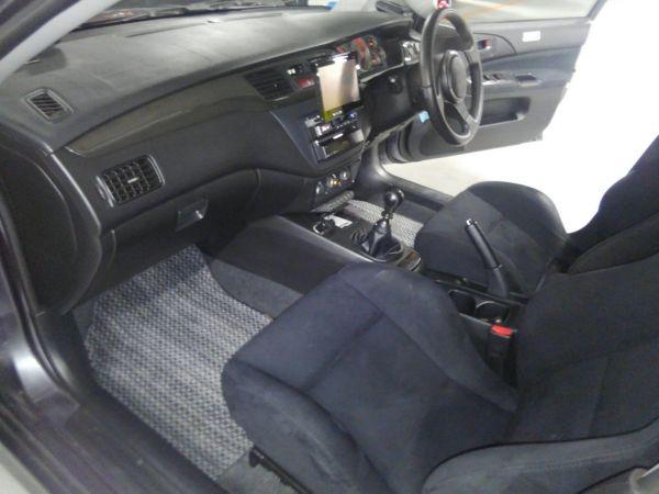2004 Mitsubishi Lancer EVO 8 MR interior 1