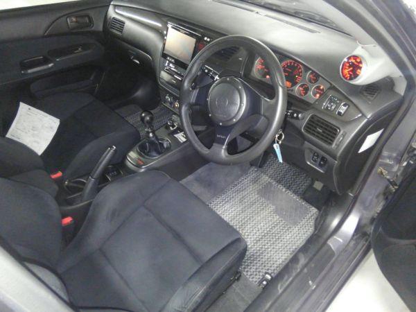 2004 Mitsubishi Lancer EVO 8 MR right interior