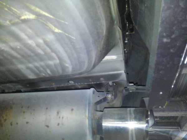2004 Mitsubishi Lancer EVO 8 MR underbody 10