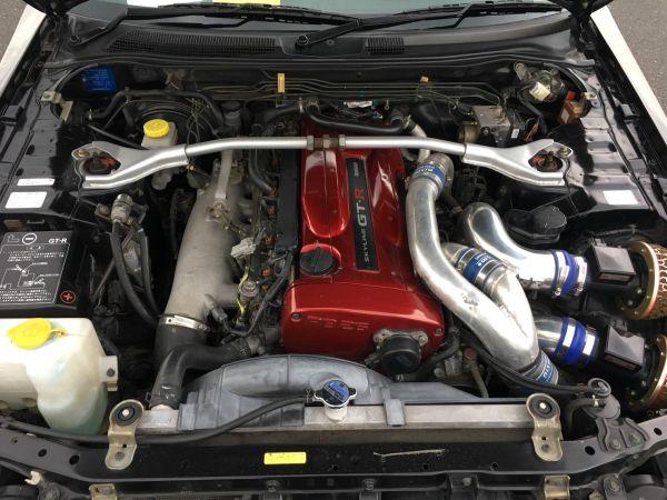 1999 Nissan Skyline R34 GT-R VSpec black engine
