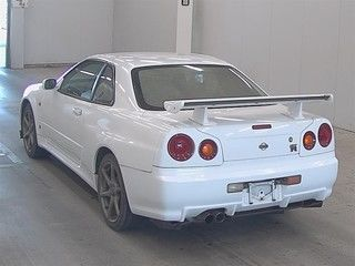 2000 Nissan Skyline R34 GTR VSpec auction rear
