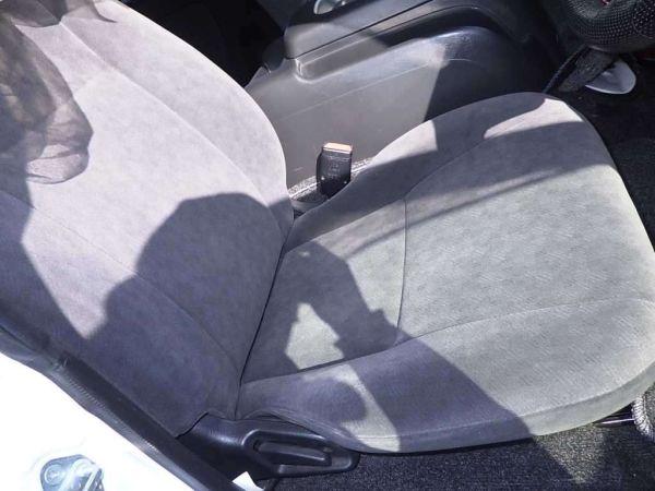 2014 Toyota Hiace GL 4WD TRH219 seat