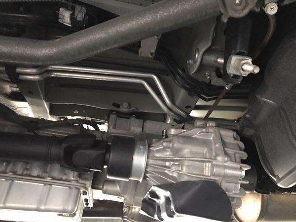2014 Toyota Hiace GL 4WD TRH219 underbody 2