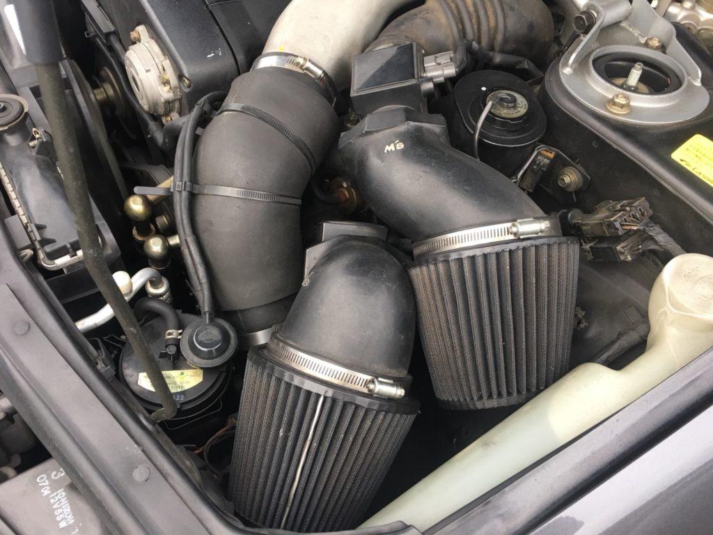 1990 Nissan Skyline R32 GT-R air pods