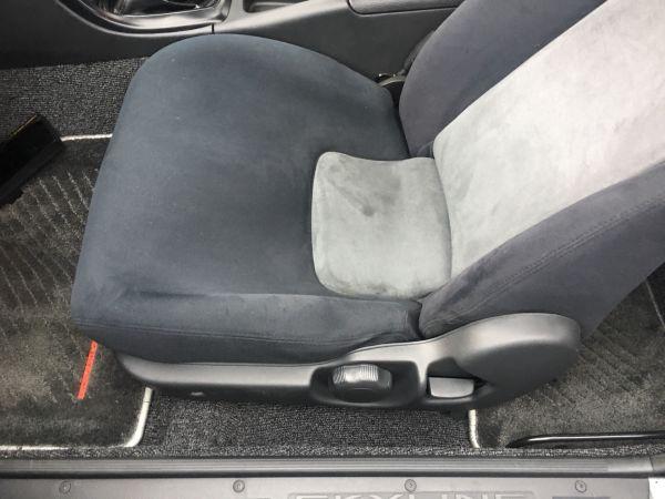 1990 Nissan Skyline R32 GT-R passenger seat